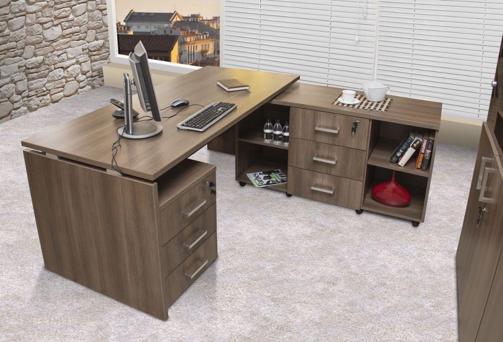 Компьютерные столы цвета табак.
